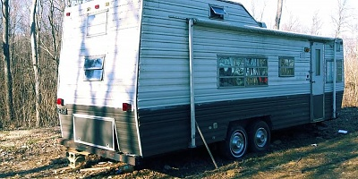 Click image for larger version  Name:wtf is this camper model.jpg Views:374 Size:89.8 KB ID:200451