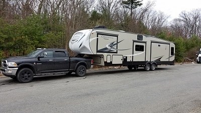 Click image for larger version  Name:Truck and camper small 2.jpg Views:180 Size:209.2 KB ID:201666