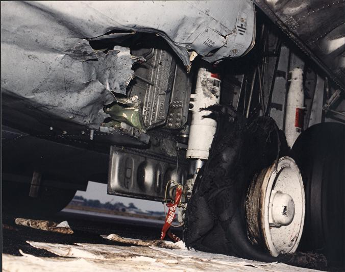 Click image for larger version  Name:Martinsburg Class C Tire Failure.jpg Views:138 Size:60.5 KB ID:20514