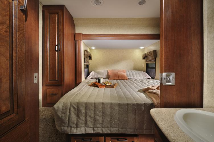 Click image for larger version  Name:Solera_24_R_09_26_12_bedroom.jpg Views:228 Size:53.0 KB ID:20564