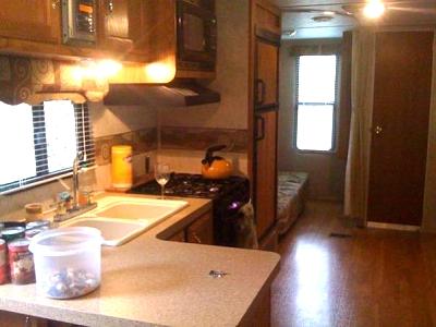 Click image for larger version  Name:livingroom.jpg Views:132 Size:35.1 KB ID:21029