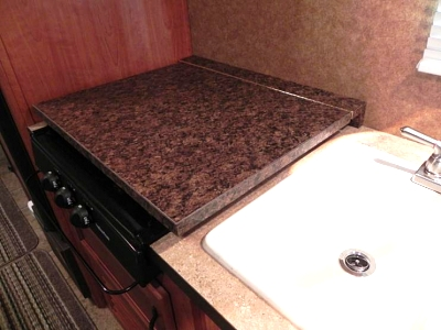 Click image for larger version  Name:Flip down stove board down (Copy).jpg Views:114 Size:46.5 KB ID:21578