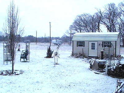 Click image for larger version  Name:snow 20102.jpg Views:92 Size:131.1 KB ID:2165