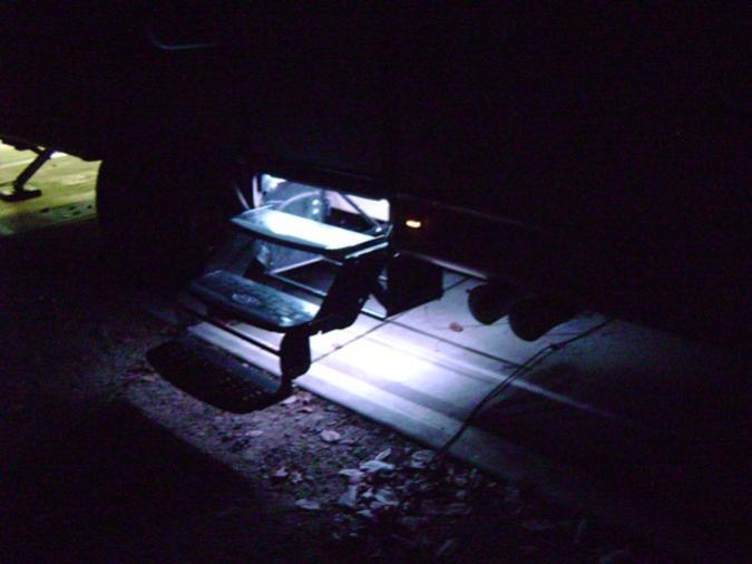 Click image for larger version  Name:LED Step lights 3.jpg Views:39 Size:32.7 KB ID:22319