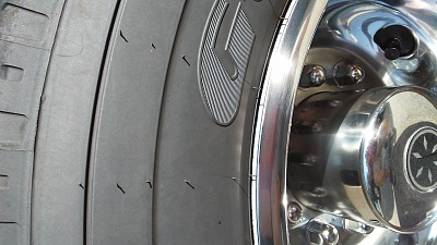 Click image for larger version  Name:Tire Pic.jpg Views:74 Size:276.5 KB ID:233965