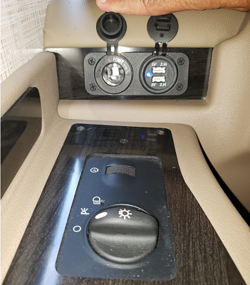 Click image for larger version  Name:Driver Power Outlets.PNG Views:71 Size:1.19 MB ID:235705