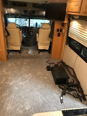 Click image for larger version  Name:R&R carpet dinette area red&blk cables.jpg Views:441 Size:420.3 KB ID:239616