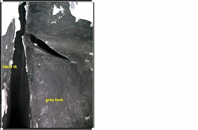 Click image for larger version  Name:_ABS_tank_crack.jpg Views:56 Size:103.8 KB ID:241178