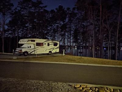 Click image for larger version  Name:camper at lake lanier.jpg Views:24 Size:405.8 KB ID:246507