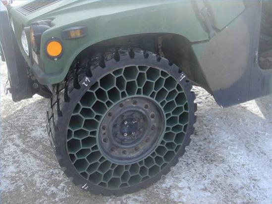 Click image for larger version  Name:new tire.jpg Views:101 Size:35.3 KB ID:24964