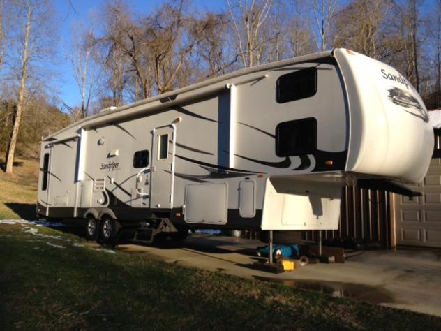 Click image for larger version  Name:RV Outside 4.jpg Views:105 Size:48.3 KB ID:25091