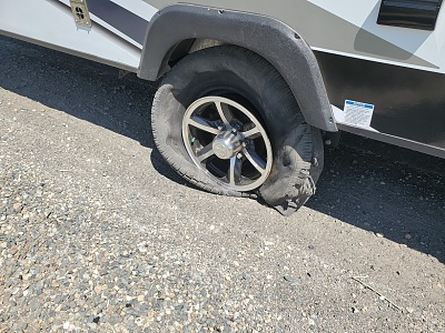 Click image for larger version  Name:tire blow 1.jpg Views:201 Size:514.3 KB ID:252361