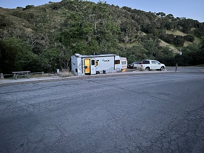 Click image for larger version  Name:Lopez trailer n truck.jpg Views:25 Size:447.7 KB ID:254277