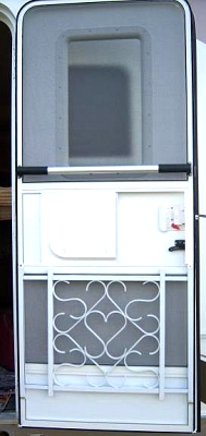 Click image for larger version  Name:Screen Door.jpg Views:63 Size:21.0 KB ID:2579