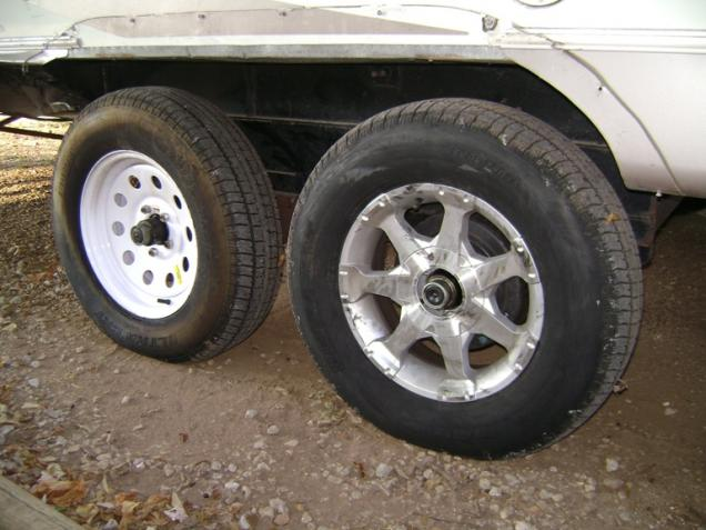 Click image for larger version  Name:Tire Damage 2.jpg Views:183 Size:48.2 KB ID:26140