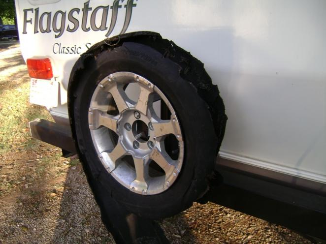Click image for larger version  Name:Tire Damage 5.jpg Views:220 Size:47.1 KB ID:26142