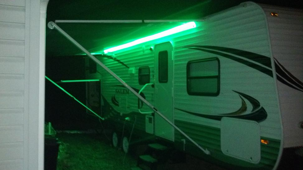 Click image for larger version  Name:2012-08-29_night light.jpg Views:80 Size:51.2 KB ID:26143
