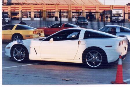 Click image for larger version  Name:corvetteam.jpg Views:58 Size:27.9 KB ID:27567