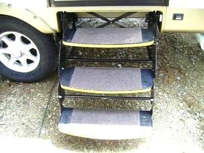Click image for larger version  Name:Outdoor Carpet Tile on Steps.jpg Views:112 Size:50.3 KB ID:27681
