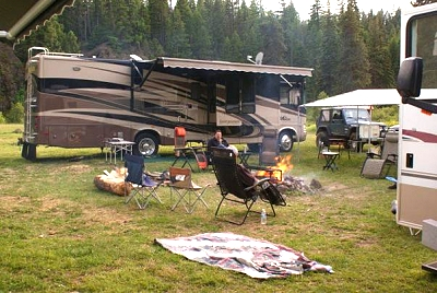 Click image for larger version  Name:camp2.jpg Views:42 Size:50.4 KB ID:2779