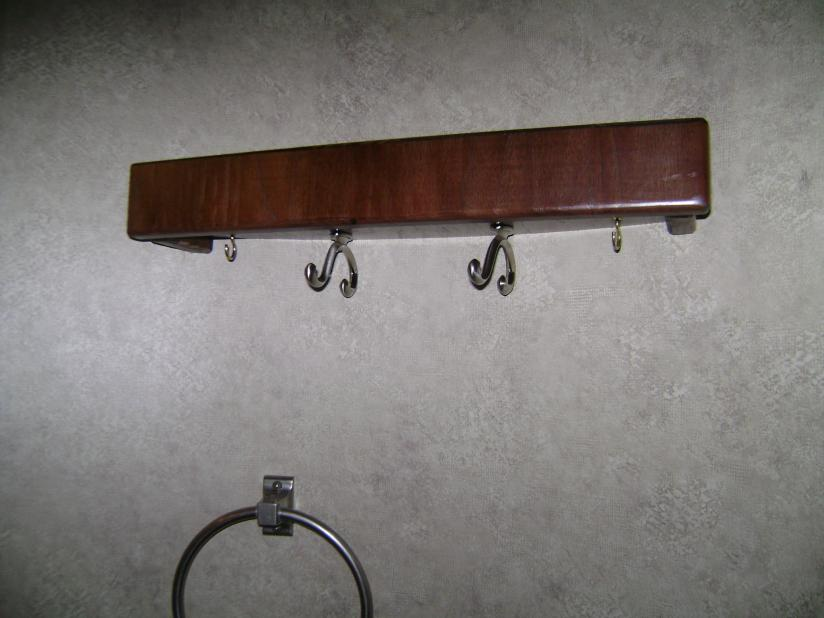 Click image for larger version  Name:Curved Wall Shelf with clothes hooks.jpg Views:65 Size:52.2 KB ID:28161