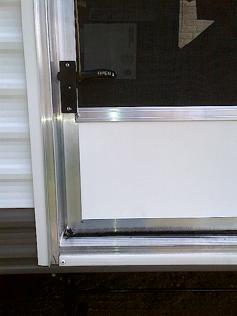 Click image for larger version  Name:Screen Door Mod3.jpg Views:198 Size:48.2 KB ID:29414