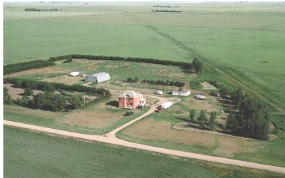 Click image for larger version  Name:aerial of farm 001.jpg Views:71 Size:48.9 KB ID:3022