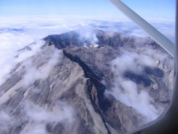 Click image for larger version  Name:Flight around Mt. St. Helens 029_1.jpg Views:52 Size:29.8 KB ID:3162