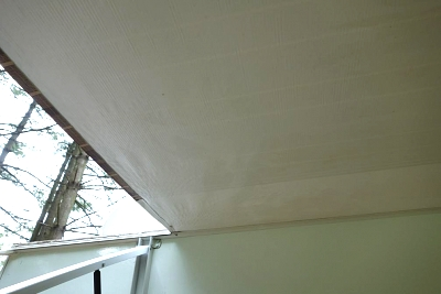 Click image for larger version  Name:Awning - after.jpg Views:526 Size:43.6 KB ID:31630