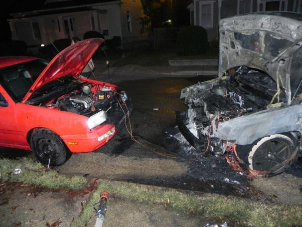 Click image for larger version  Name:double car fire battery jump.jpg Views:93 Size:49.5 KB ID:31682