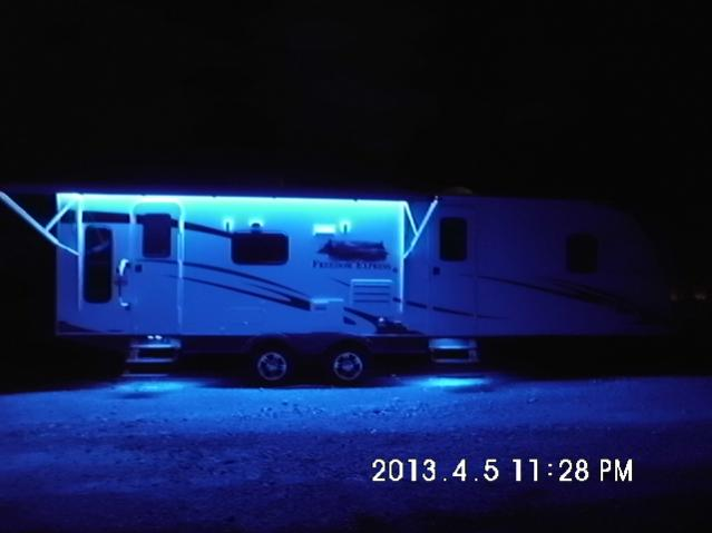 Click image for larger version  Name:LED- Awning and step lights.jpg Views:158 Size:22.9 KB ID:31832