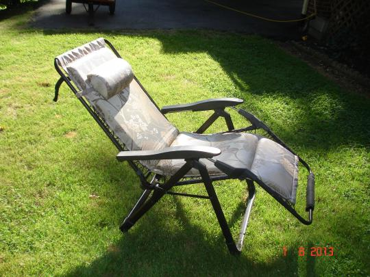 Click image for larger version  Name:recliners 003.jpg Views:110 Size:52.5 KB ID:31906