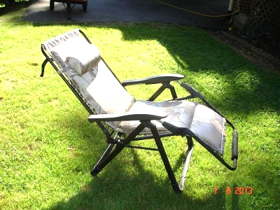 Click image for larger version  Name:recliners 003.jpg Views:115 Size:52.5 KB ID:31906