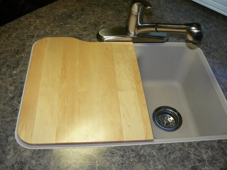 Click image for larger version  Name:cutting board 1.jpg Views:69 Size:46.6 KB ID:35303