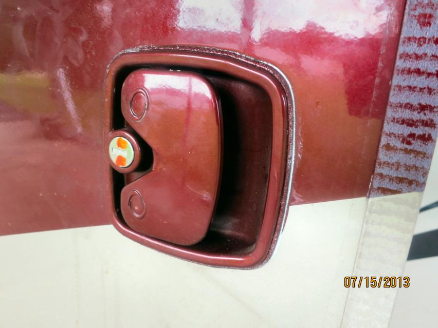 Click image for larger version  Name:door latch1.jpg Views:80 Size:56.5 KB ID:36366