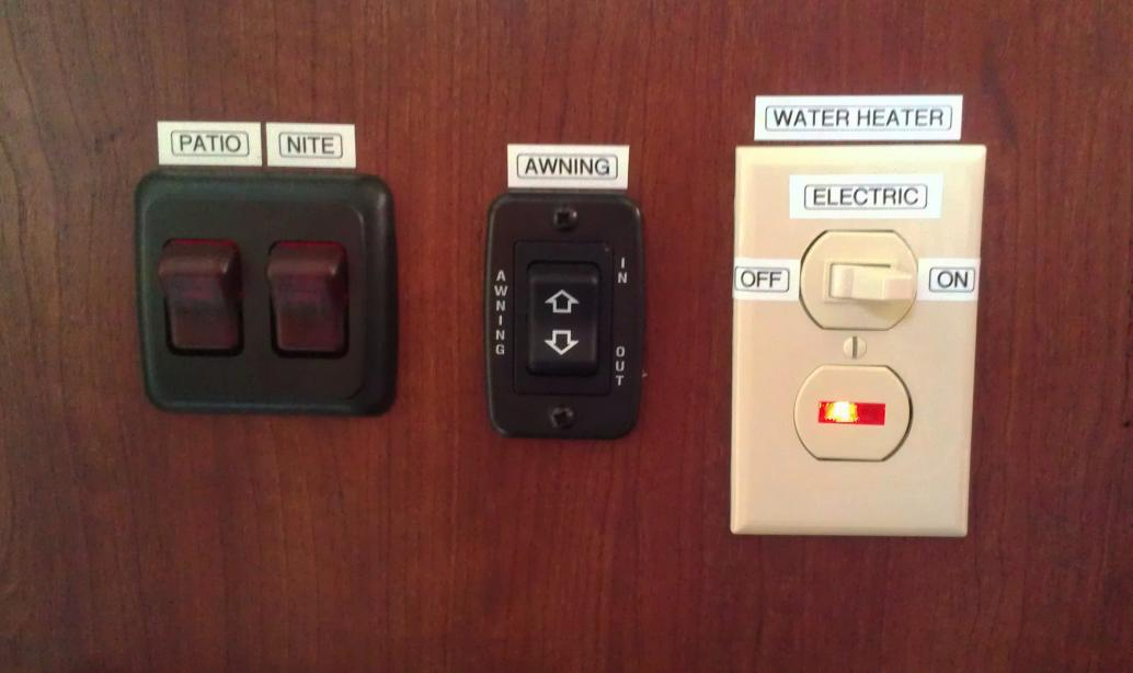 Click image for larger version  Name:Waterheaterswitch.jpg Views:102 Size:52.6 KB ID:37443