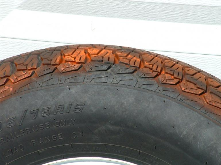 Click image for larger version  Name:trailer tires 009.jpg Views:48 Size:54.3 KB ID:3745