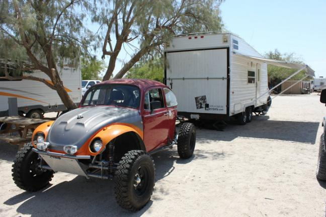 Click image for larger version  Name:bug and trailer.jpg Views:33 Size:50.0 KB ID:3837