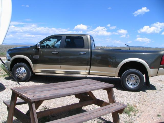 Click image for larger version  Name:Dodge truck 1.jpg Views:76 Size:48.9 KB ID:39533