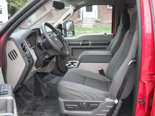 Click image for larger version  Name:driver seat.jpg Views:131 Size:42.0 KB ID:40409