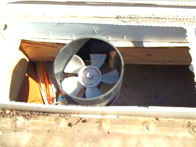 Click image for larger version  Name:Roof Vent Fan no backing DEAD AIR  SPACE.jpg Views:316 Size:22.3 KB ID:40659