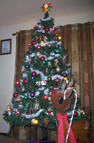 Click image for larger version  Name:Tree.jpg Views:34 Size:51.2 KB ID:4074