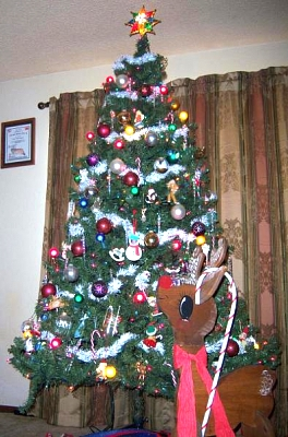 Click image for larger version  Name:Tree.jpg Views:54 Size:51.2 KB ID:4074