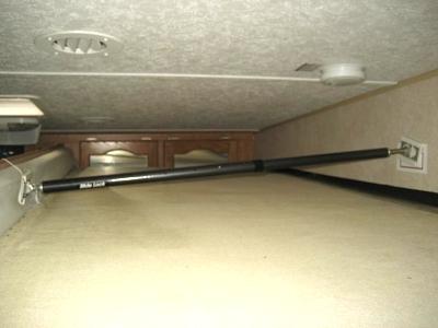 Click image for larger version  Name:Camper Slide Braces 005.jpg Views:3959 Size:52.4 KB ID:40895