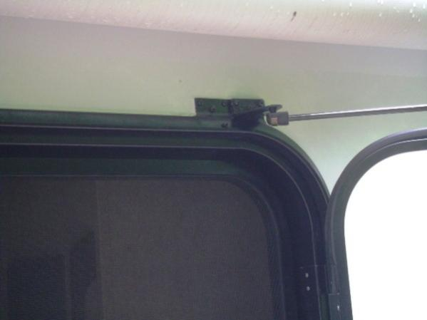 Click image for larger version  Name:Relocated anchor on trailer.jpg Views:51 Size:17.1 KB ID:41763