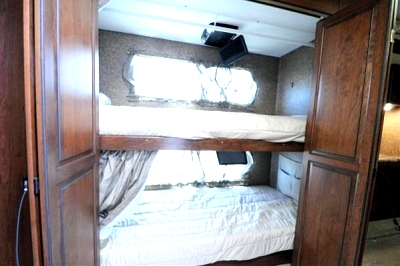 Click image for larger version  Name:bunks.jpg Views:200 Size:32.2 KB ID:42044