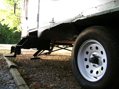 Click image for larger version  Name:Tire Damage 1.jpg Views:140 Size:48.4 KB ID:42782