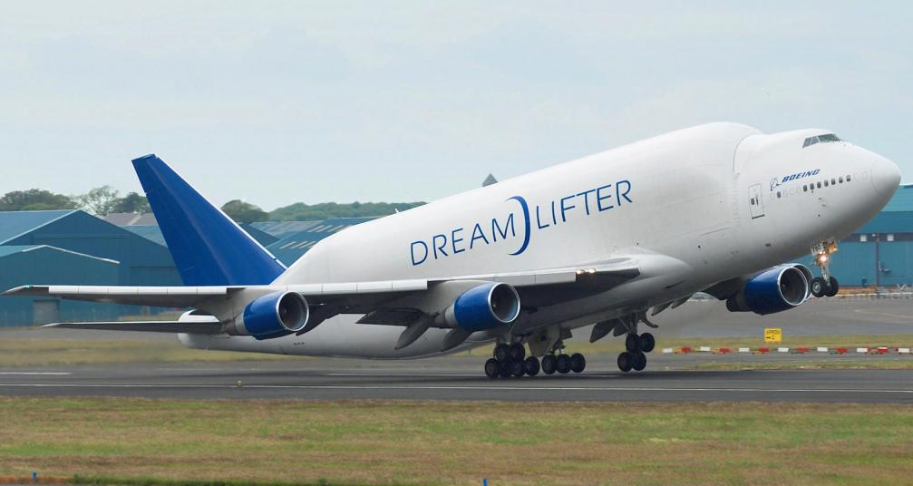Click image for larger version  Name:Boeing_747-400LCF_Dreamlifter.jpg Views:82 Size:53.0 KB ID:42893
