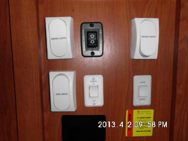 Click image for larger version  Name:New switches to match existing. Awning & Step lights.jpg Views:207 Size:30.8 KB ID:43653