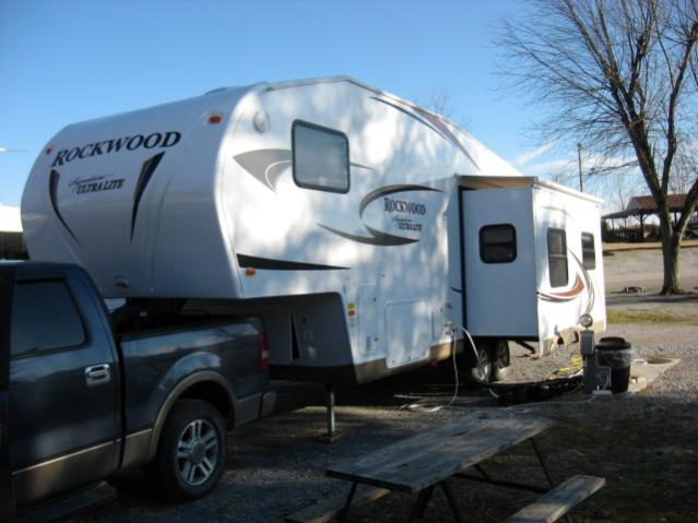 Click image for larger version  Name:NEW 5th wheel 010.jpg Views:74 Size:40.6 KB ID:4377